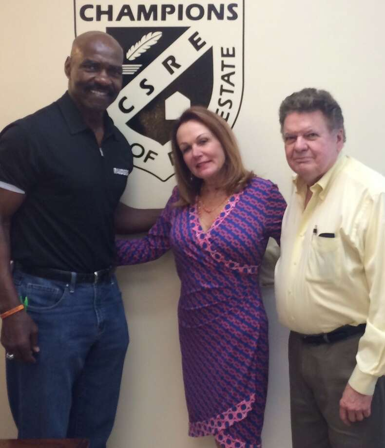 Former NFL player Gerald Irons recently caught up with both his MCE and old friends Champions CEO Rita Santamaria and instructor Allan Hancock.