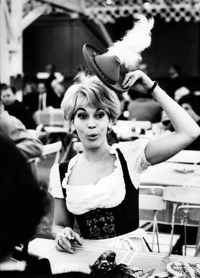 Munich Oktoberfest, 1969. Photo: Ullstein Bild, Ullstein Bild Via Getty Images / ullstein bild