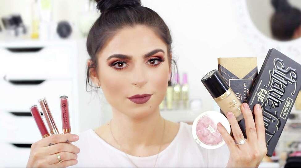 YouTube fashion and makeup vlogger Dona Camaj.