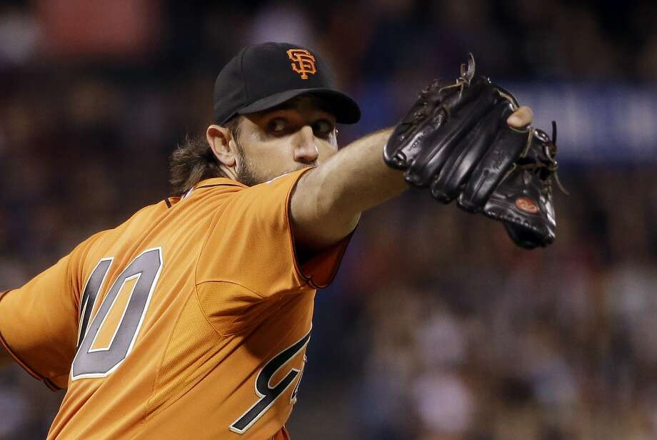 Madison Bumgarner is two wins shy of 20, and the Giants' left-hander sorely wants to reach that significant plateau. Photo: Marcio Jose Sanchez, Associated Press