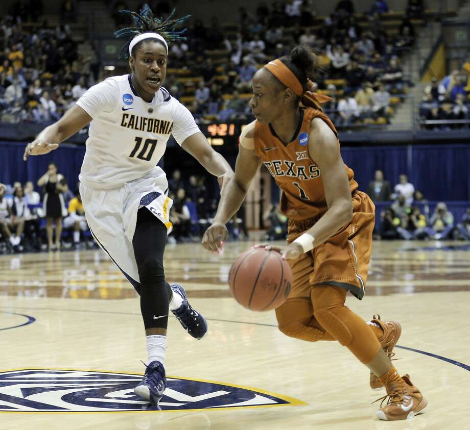 Mercedes Jefflo (10) defends Empress Davenport (1) in the second half of Cal's loss to Texas in the second round of the NCAA tournament last March. Photo: Carlos Avila Gonzalez, The Chronicle