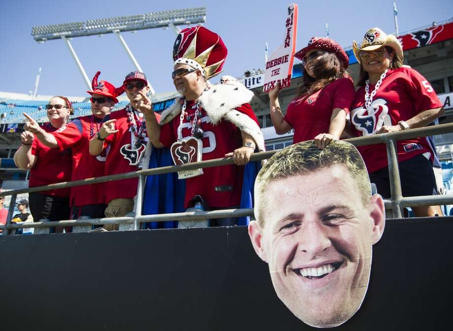 Unfortunately for these Texans fans who made the trip to Charlotte, they didn't have a win to cheer about at game's end. ( Brett Coomer / Houston Chronicle ) Photo: Brett Coomer, Houston Chronicle
