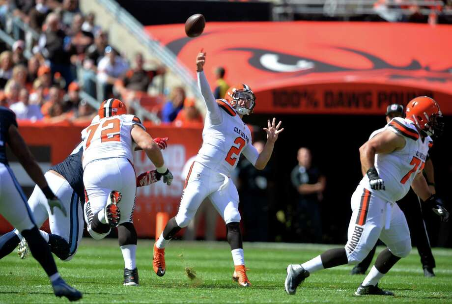 Cleveland Browns quarterback Johnny Manziel (2) passes in the first half of an NFL football game against the Tennessee Titans, Sunday, Sept. 20, 2015, in Cleveland. (AP Photo/David Richard) Photo: David Richard, FRE / Associated Press / FR25496 AP