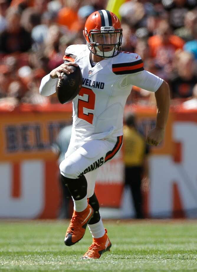 CLEVELAND, OH - SEPTEMBER 20: Johnny Manziel #2 of the Cleveland Browns looks for running room during the first quarter while playing the Tennessee Titans at FirstEnergy Stadium on September 20, 2015 in Cleveland, Ohio.  (Photo by Gregory Shamus/Getty Images) Photo: Gregory Shamus, Getty Images