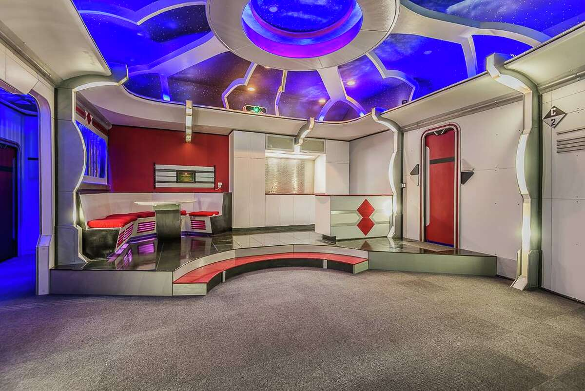 This Friendswood home on Bridle Path features more than a few interesting spaces, but its Star Trek-themed room might be the only starship USS Enterprise bedroom in the Houston area. That's not all...