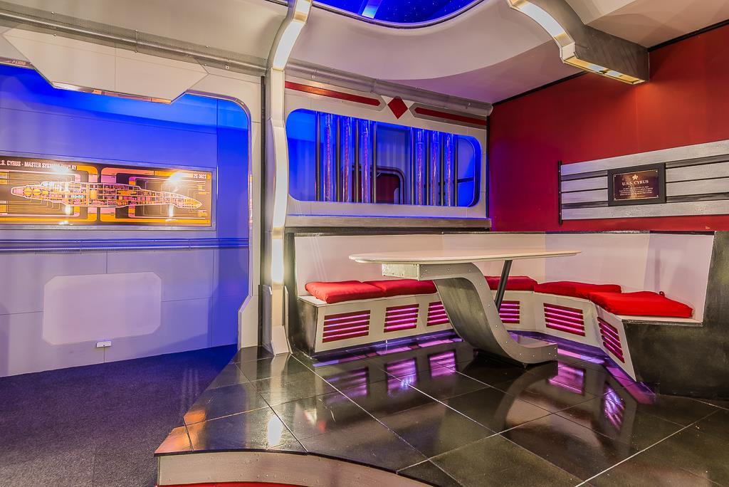 Friendswood Home Boasts Star Trek Inspired Theater