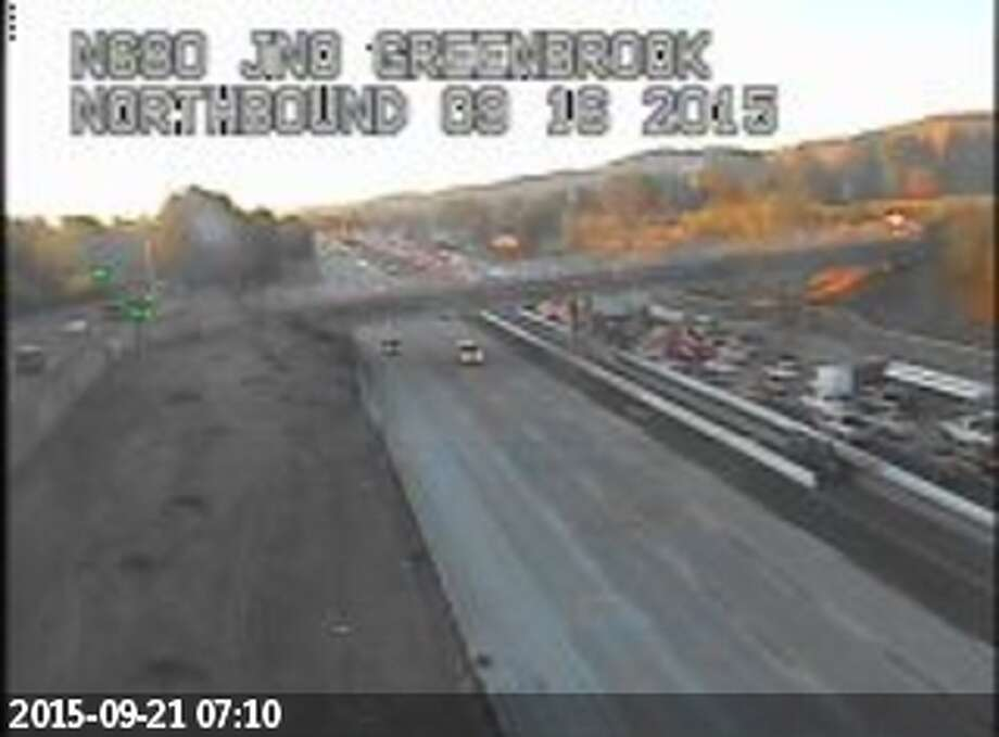 I-680 southbound traffic has been backed up by a SigAlert crash in San Ramon. Photo: SFGate.com/Traffic