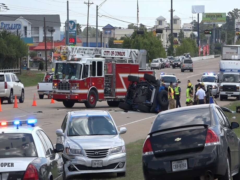 A 68-year-old man faces intoxication manslaughter charges after a grisly crash killed a family of four on Sunday near Lake Conroe. Photo: Montgomery County Police Reporter
