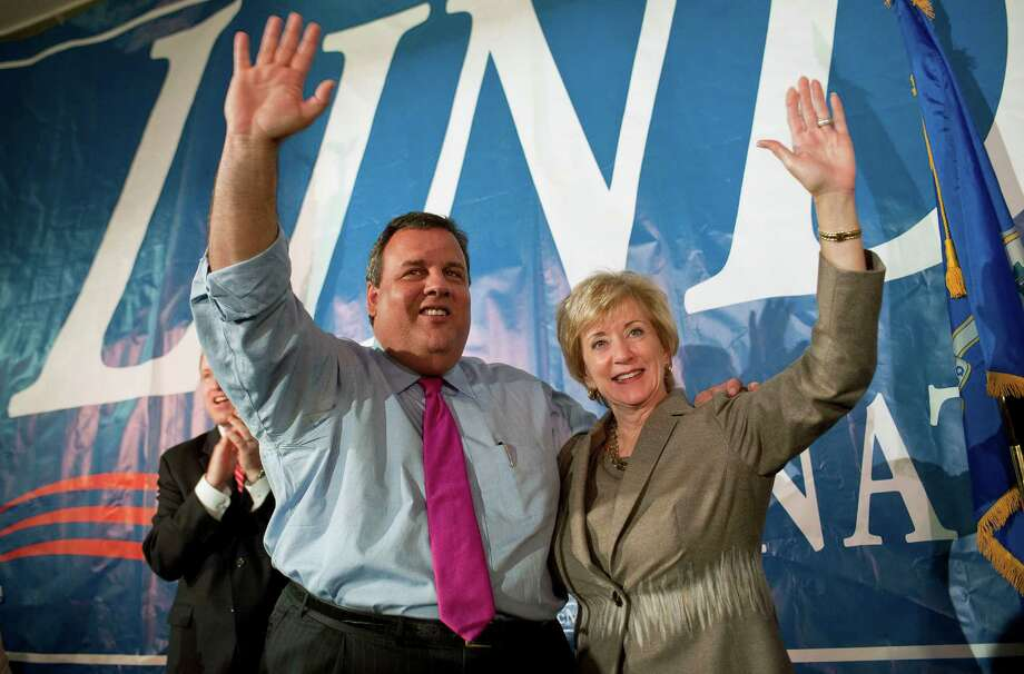 New Jersey Gov. Chris Christie, campaigns with Republican candidate for U.S. Senate Linda McMahon in Waterbury, Conn., Monday, Oct. 22, 2012. McMahon and Democratic opponent Chris Murphy are vying for the Senate seat now held by Joe Lieberman, an independent who's retiring. (AP Photo/Jessica Hill) Photo: Jessica Hill / Associated Press / FR125654 AP