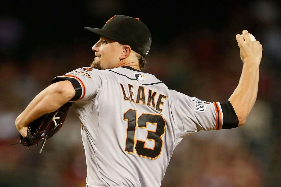 Mike Leake Photo: Christian Petersen, Getty Images