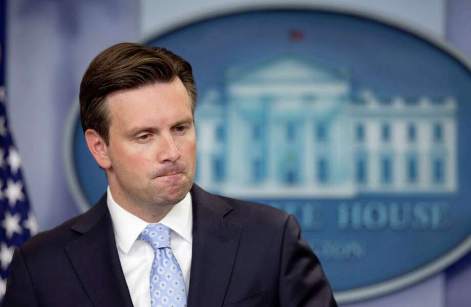 White House press secretary Josh Earnest listens to a reporter's question during a daily press briefing in the Brady press briefing room of the White House in Washington, Monday, Sept. 21, 2015. Earnest spoke about U.S. trade embargo against Cuba.    (AP Photo/Manuel Balce Ceneta) Photo: Manuel Balce Ceneta, STF / AP