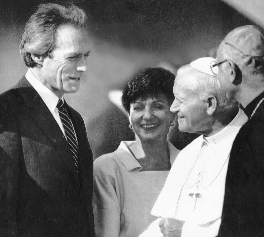 Clint Eastwood meets the pope on Sept. 17, 1987, during the pontiff's visit to California. Photo: Fred Larson, The Chronicle