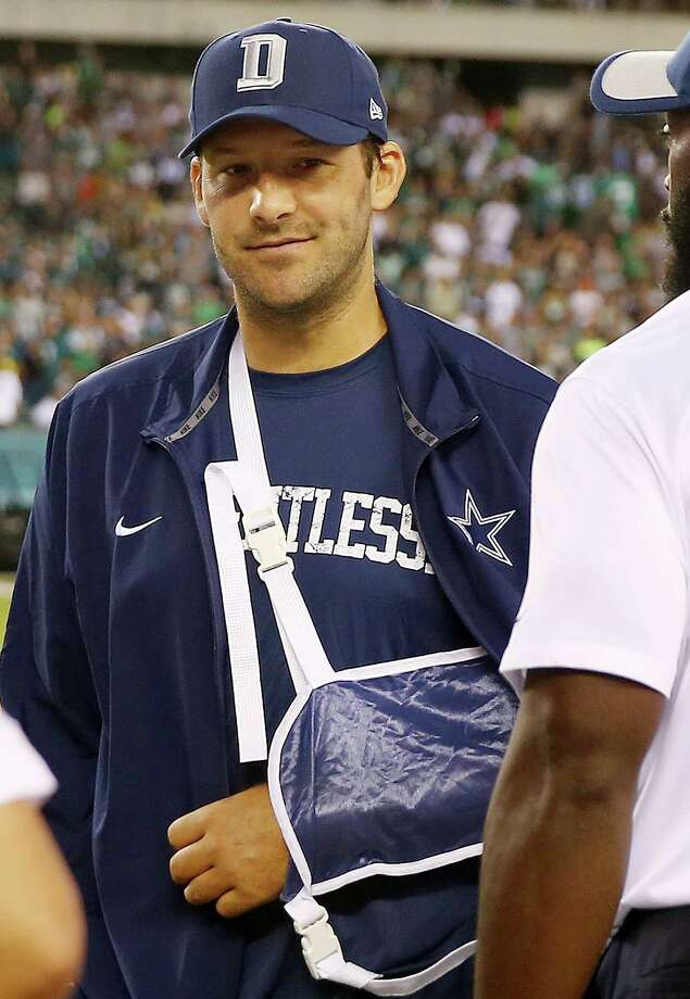 PHILADELPHIA, PA - SEPTEMBER 20:  Tony Romo #9 of the Dallas Cowboys looks on from the sideline in the fourth quarter against the Philadelphia Eagles on September 20, 2014 at Lincoln Financial Field in Philadelphia, Pennsylvania.The Dallas Cowboys defeated the Philadelphia Eagles 20-10.Romo was injured in the third quarter and did not return to play.  (Photo by Elsa/Getty Images) ORG XMIT: 567348727 Photo: Elsa / 2015 Getty Images