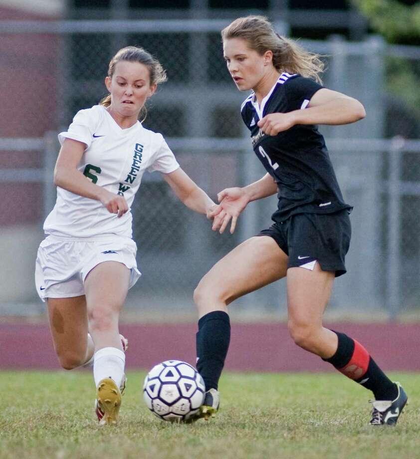 New Milford High School girls soccer vs Joel Barlow High School, played at New Milford High School. Monday, Sept. 21, 2015 Photo: Scott Mullin / For The / The News-Times Freelance
