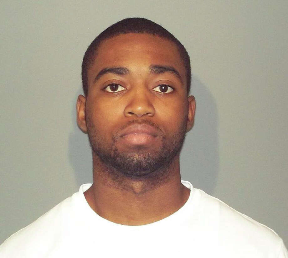 Dnell Fairman Campbell of Brooklyn,N.Y. was charged in connection with a May incident in which he allegedly passed counterfeit $100 at the Walgreens Pharmacy on Pine Street. Photo: Contributed / Contributed Photo / New Canaan News