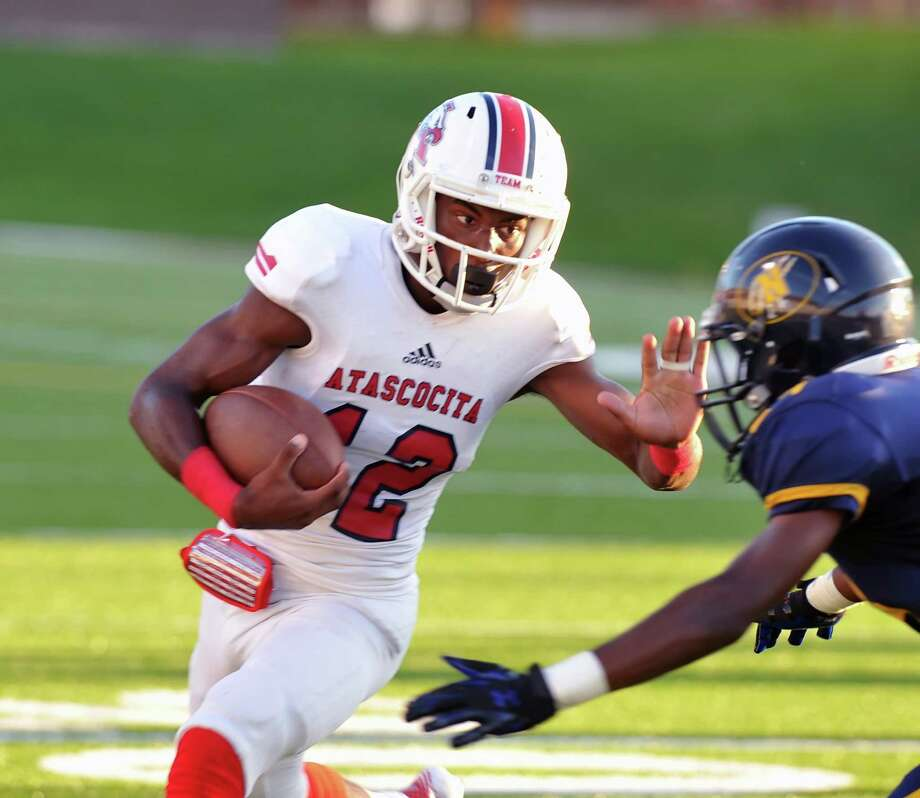 Atascocita's Alerick Soularie and the Eagles play Summer Creek at Turner Stadium Friday. Photo: Eddy Matchette, Freelance / Freelance