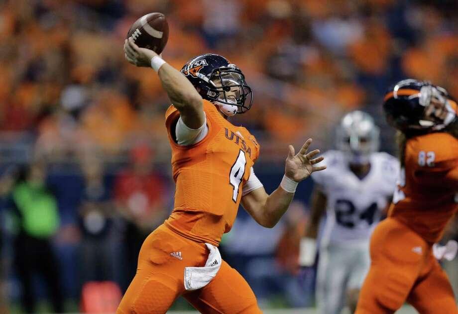 UTSA's Blake Bogenschutz (4) throws against Kansas State during the second half of an NCAA college football game, Saturday, Sept. 12, 2015, in San Antonio. Kansas State won 30-3. Photo: Eric Gay /Associated Press / AP