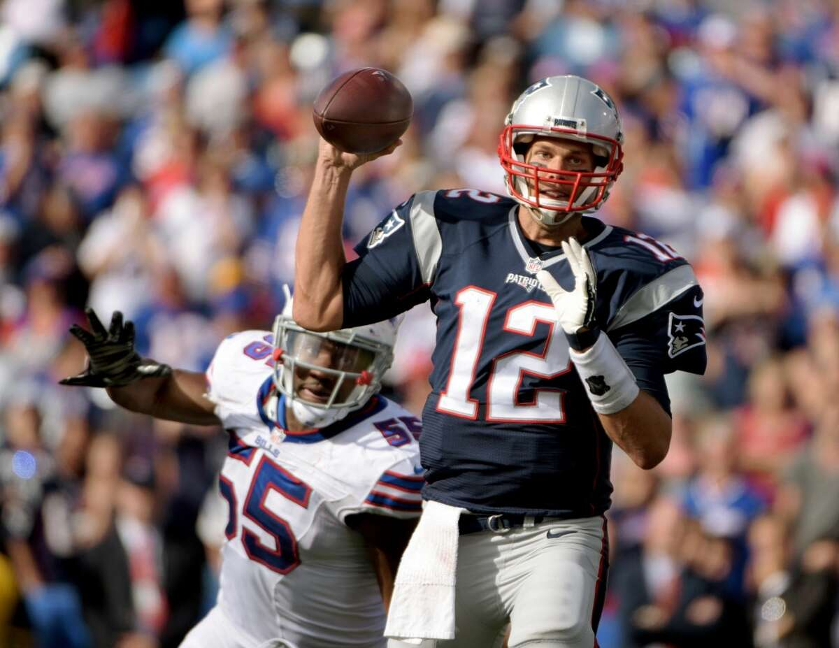1. New England (2-0) Last week: 1 Tom Brady is off to a tremendous start with seven touchdown passes, putting him on a pace for 54. The Patriots average 34 points a game, second to Arizona's 39.5.