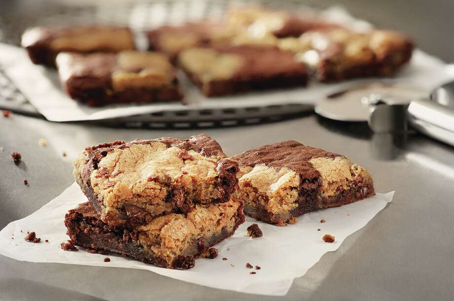 Domino's Marbled Cookie Brownie for Ken fast food Photo: Domino's