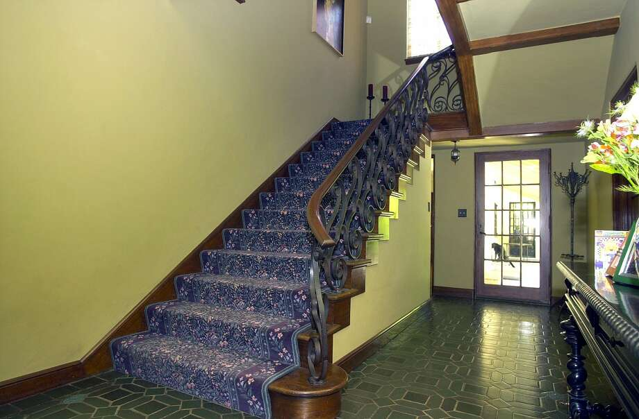 The stairs of a Birge Clark home in Palo Alto. Photo: Darryl Bush, SFC