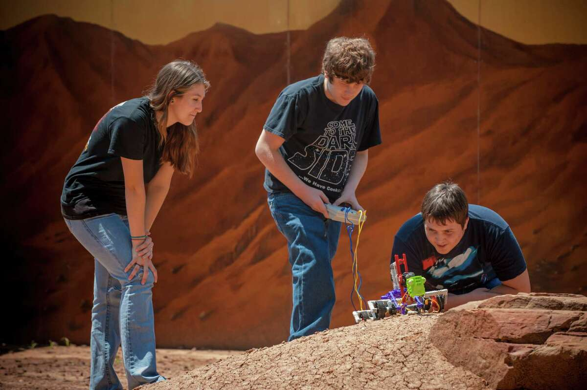 A U.S. State Department grant unites Space Center Houston with museums in France and Singapore to teach youth about science and global citizenship.