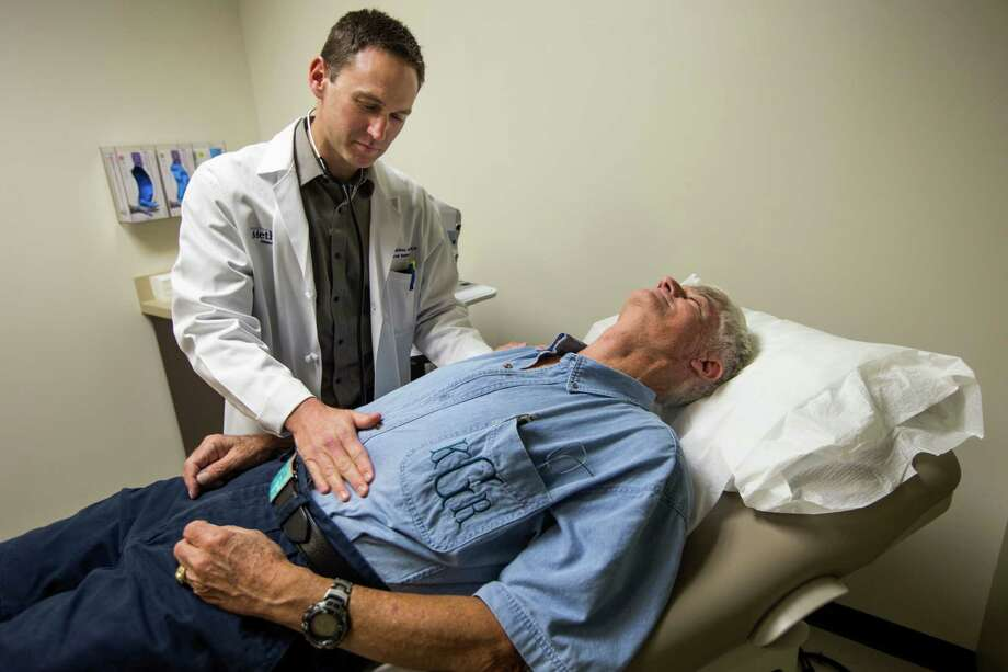 Dr. Joshua Septimus is one of many doctors at Houston Methodist who can receive one to five star ratings and online feedback from patients as part of a new program aiming to give people a stronger voice in their health care. Photo: Brett Coomer, Staff / © 2015 Houston Chronicle