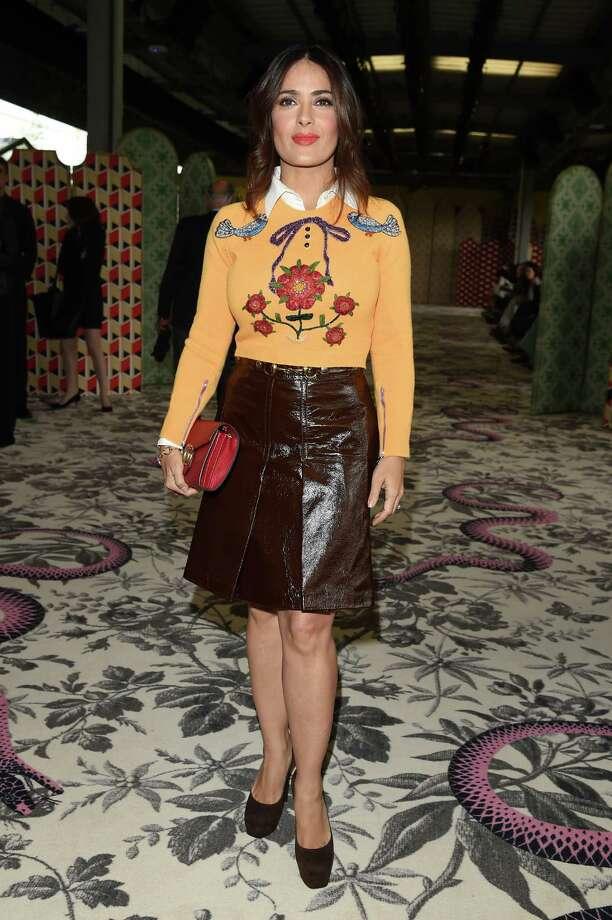 Salma Hayek arrives at the Gucci show during the Milan Fashion Week. Photo: Venturelli, Getty Images / 2015 Venturelli