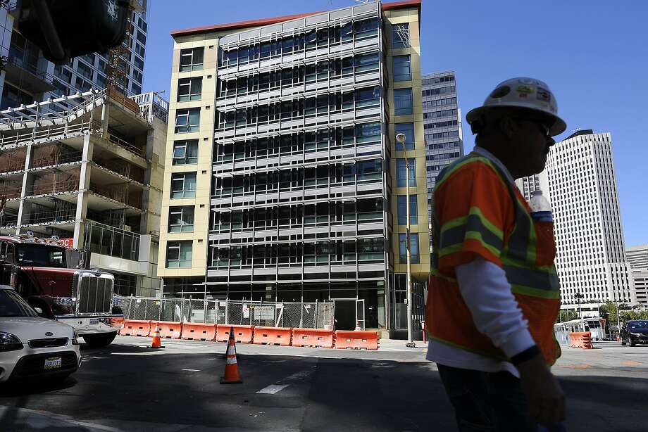 Construction continues on the buildings around the newly built 280 Beale Street Family Community, operated by Mercy Housing California, in San Francisco, CA Wednesday, September 23, 2015. Photo: Michael Short, Special To The Chronicle