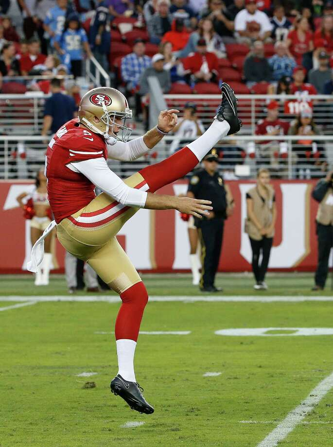 Rookie punter Bradley Pinion ranks 24th in the NFL in gross average (44.4) and 15th in net (40.9). Photo: Tony Avelar / Associated Press / FR155217 AP