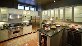 Before you indulge in some retail therapy, check out what appliance experts say you should consider when buying new appliances.