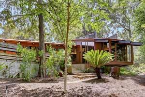 Famous midcentury-modern home in River Oaks hits the market - Photo