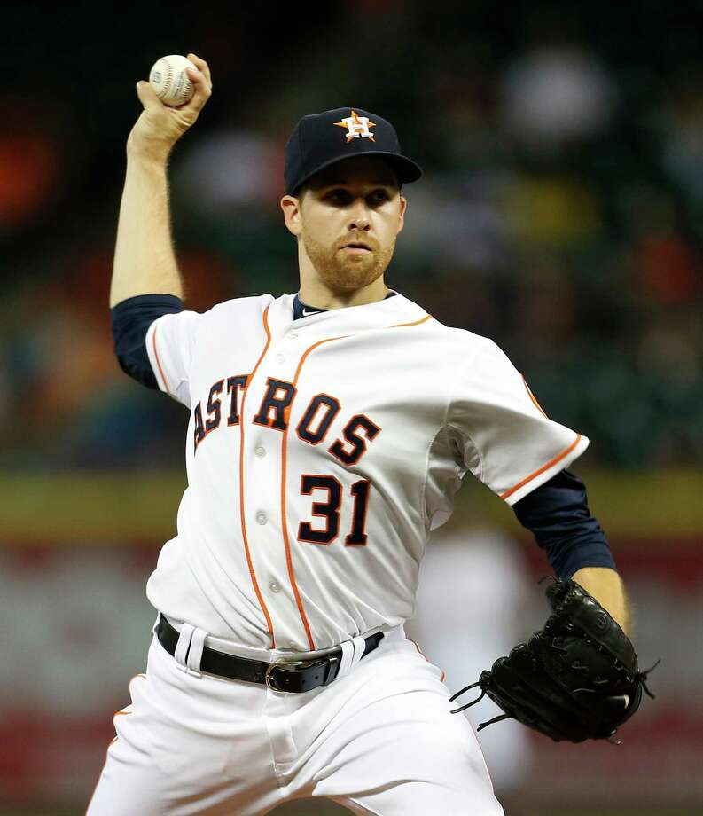 Houston Astros starting pitcher Collin McHugh (31) pitches during the first inning of an MLB game at Minute Maid Park on Thursday, Aug. 20, 2015, in Houston.( Karen Warren / Houston Chronicle ) Photo: Karen Warren, Staff / © 2015 Houston Chronicle