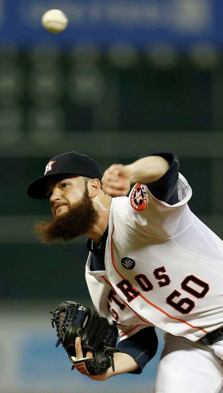 Houston Astros starting pitcher Dallas Keuchel (60) pitches during the first inning of an MLB game at Minute Maid Park on Monday, Sept. 21, 2015. ( Karen Warren / Houston Chronicle ) Photo: Karen Warren, Staff / © 2015 Houston Chronicle