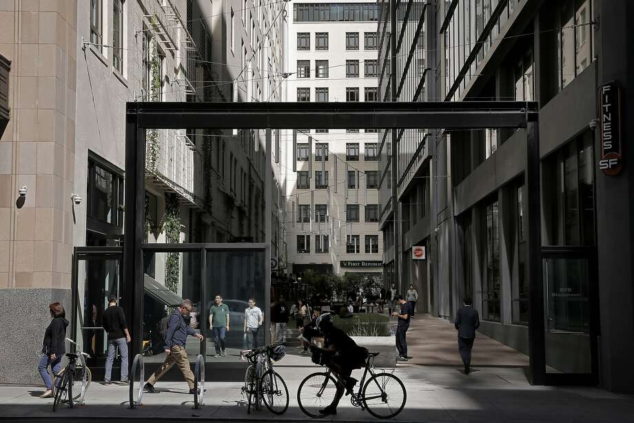 The outdoor space behind the old Merchandise Mart Building which is home to Twitter along Stevenson St. at 10th in San Francisco, Calif. on Thurs. September 24, 2015. Photo: Michael Macor, The Chronicle