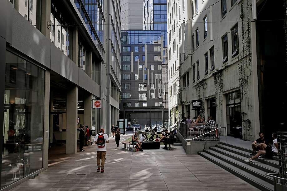 The outdoor space behind the old Merchandise Mart Building, which is home to Twitter, sits along Stevenson Street at 10th in San Francisco. Photo: Michael Macor, The Chronicle