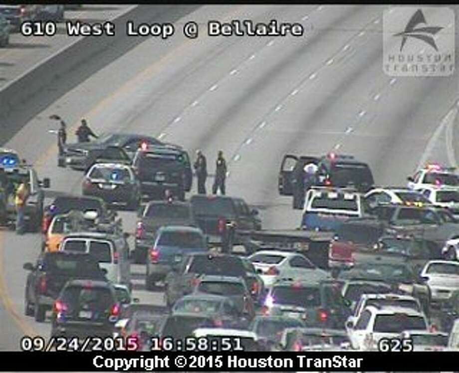 A police chase blocked traffic on the West Loop at Bellaire during rush hour in Houston, Thursday, Sept. 24, 2015. Photo: Houston Transtar