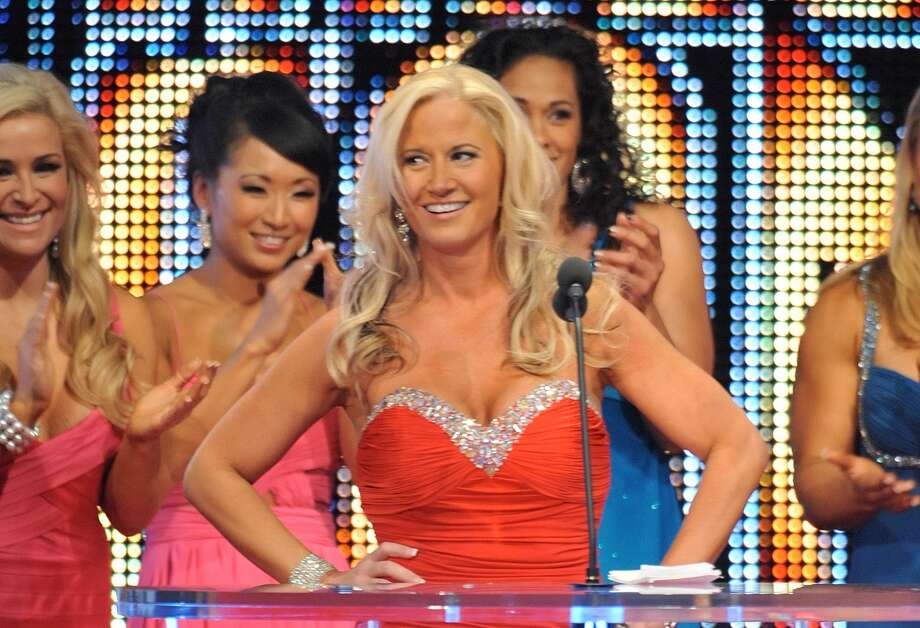 Wrestlers in trouble with the law PWInsider.com reports that former WWE Diva Sunny (aka Tammy Sytch) was arrested Wednesday, Sept. 23 in Nesquehoning, Penn. on an active bench warrant after she failed to appear in court three times following a May 2015 arrest for erratic driving in a Walmart parking lot in Mahoning Township, Penn. Sunny was inducted into the WWE Hall of Fame in 2011 (above).See more pro wrestlers who fought the law ... Photo: Moses Robinson, Getty Images