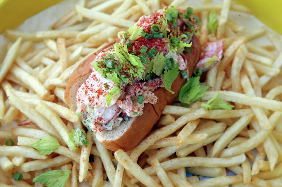 Shuck Shack's lobster roll is available as a whole lobster or half a lobster. Photo: Tom Reel /San Antonio Express-News