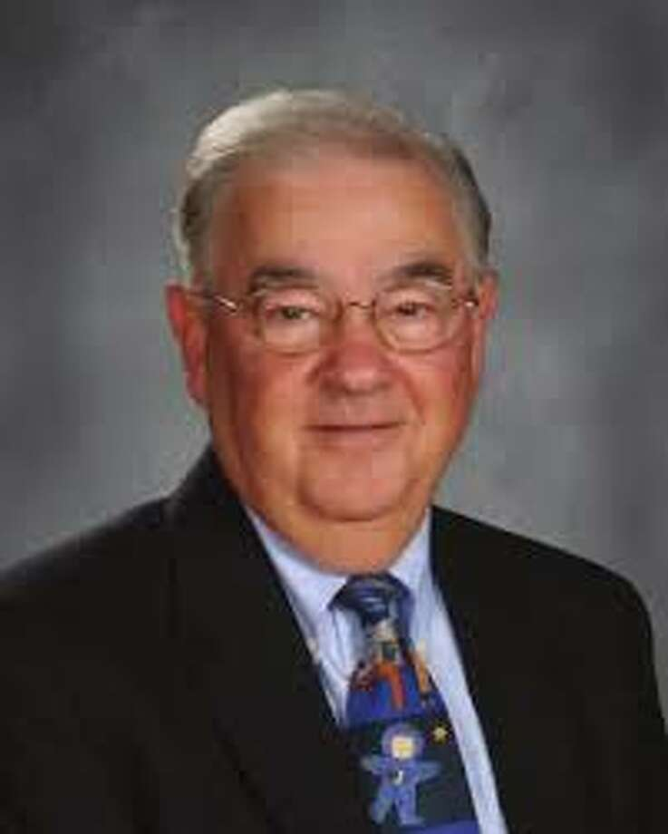 Len Tomasello is new interim principal at Sghaghticoke Middle School starting Sept. 29, 2015. Photo: / Contributed Photo
