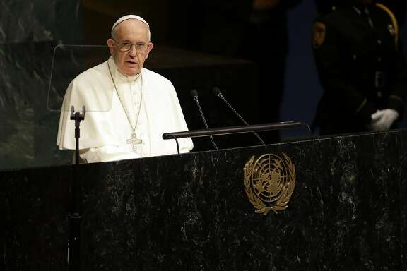 Pope Francis addresses the 70th session of the United Nations General Assembly, Friday, Sept. 25, 2015 at United Nations headquarters.  (AP Photo/Mary Altaffer)
