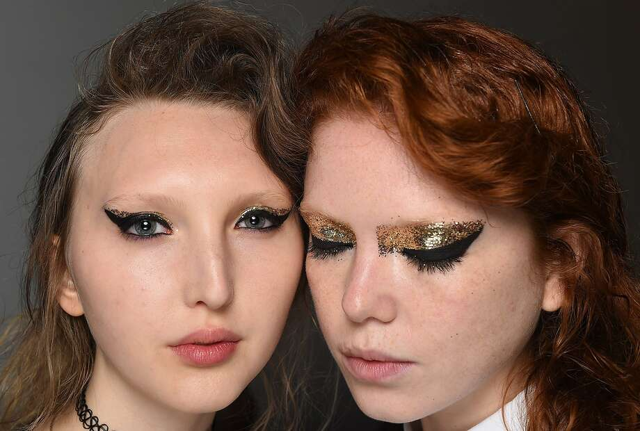 At Creatures of the Wind, Aaron de Mey for NARS Cosmetics channeled punk rocker Siouxsie Sioux pairing matte black cat-eye with saturated gold Nars Eye Paint in Iskandar. Photo: Creatures Of The Wind