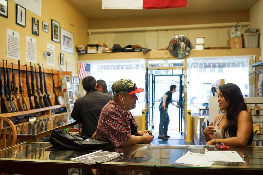 Angel Castro, left, and Stephanie Timblin talk at High Bridge Arms in San Francisco, Calif. on Friday, Sept. 25, 2015.  Photo: James Tensuan, Special To The Chronicle