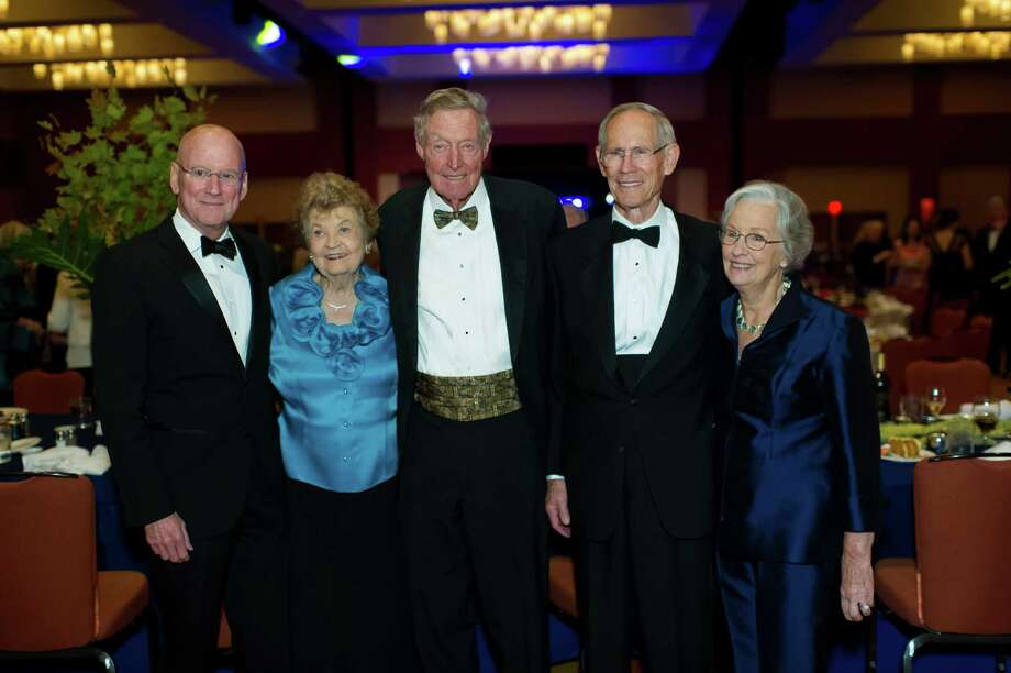 University of Texas Health Science Center president Dr. William L. Henrich, left, Pat and Tom Frost, and Bartell and Mollie Zachry are pictured in 2014. Henrich will announce the establishment of the Institute for Alzheimer and Neurodegenerative Disease. An endowment for the institute will be named for Bartell and Mollie Zachry. Photo: Courtesy Photo / (c)2014 Lester Rosebrock