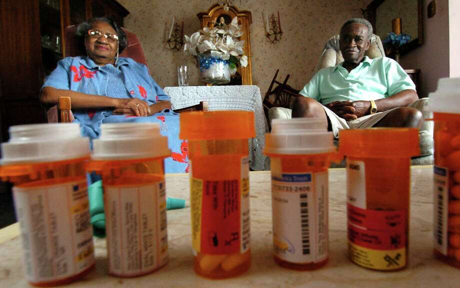At a time when the supply of physicians who accept Medicare patients is dwindling, further cuts to Part B reimbursement rates would come at a tremendous expense to seniors here in Texas. (Karl Stolleis/Houston Chronicle) Photo: Karl Stolleis, Staff / Houston Chronicle