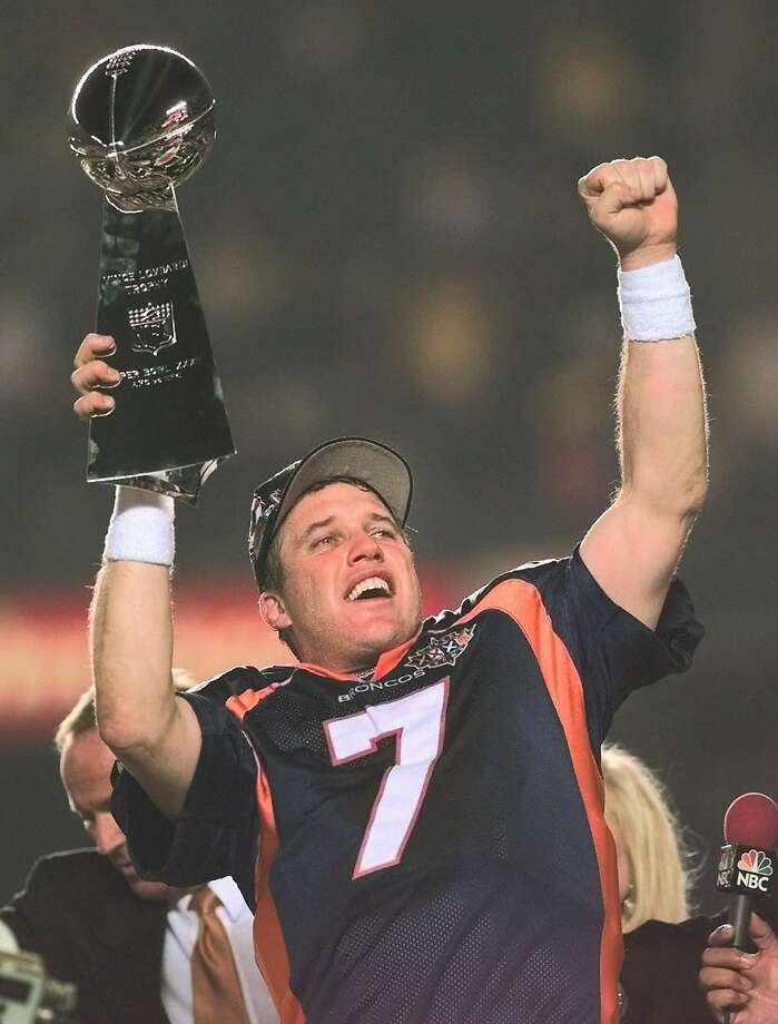 Denverquarterback John Elway had a reason to celebrate after the Broncos beat the Green Bay Packers in Super Bowl XXXII. Photo: Dave Martin, Associated Press