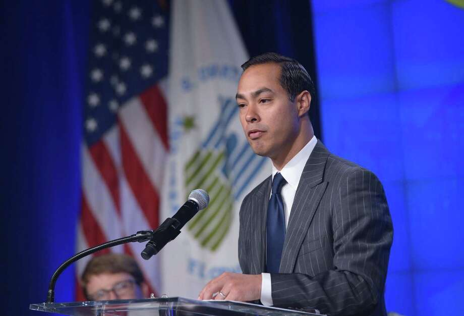 """HUD Secretary Julián Castro is making annual ethics training mandatory for his 8,000 employees starting next month, along with instructions on whistle-blowing. """"We want a department where employees feel comfortable bringing to light wrongdoing,"""" he said. Photo: MANDEL NGAN /AFP / Getty Images / AFP"""
