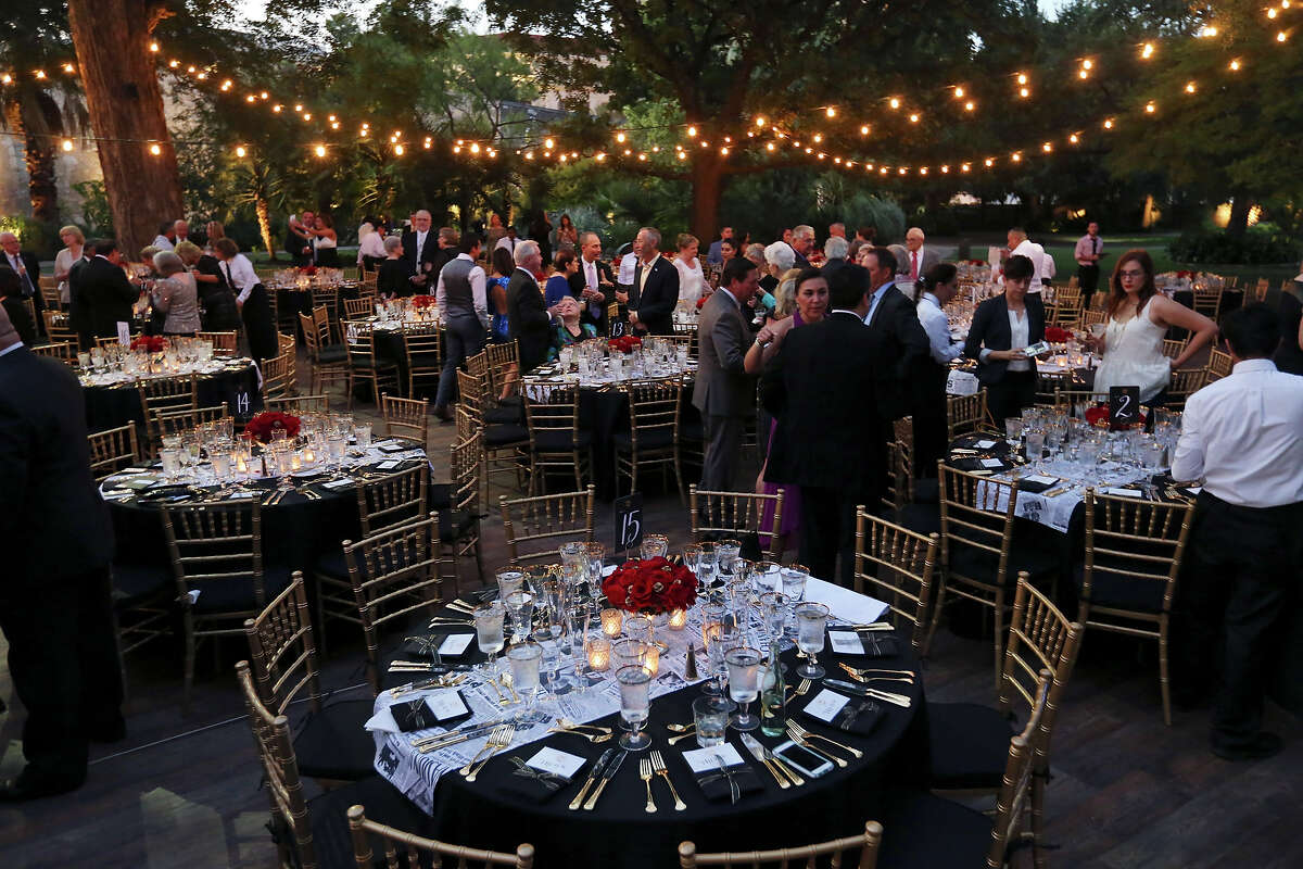 People attend the SA150th gala at the Alamo on Saturday Sept. 26, 2015. Dignitaries celebrated the 150th anniversary of the founding of the San Antonio Express-News.
