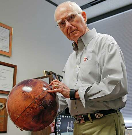 Retired NASA engineer Hum Mandell, who worked on the 1962 Mars plan, says the space agency must become more like private companies to cut costs, so it can afford a mission to the Red Planet. Photo: James Nielsen, Staff / © 2015  Houston Chronicle