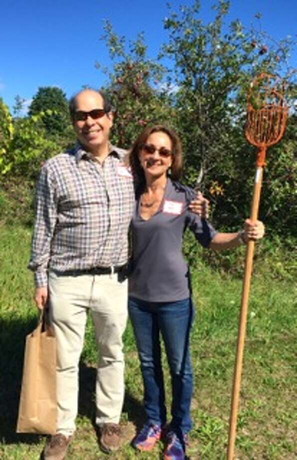 Newly formed The Renaissance Group of Congregation Beth Emeth enjoyed a recent Sunday afternoon at Bennett Hill Farm at the Clarksville home of Judith and Peter Saidel, touring their historic home, picking apples in their orchard and enjoying a nosh and conversation. The group is for empty nesters looking for chances to spend time together in social, educational or ritual activities linked to Beth Emeth. Forty participated, among them Dr. Malcolm and Lisa Roth. (Susan Hager)