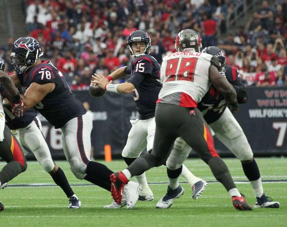 Houston Texans quarterback Ryan Mallett (15) prepares to pass the ball during the second quarter of an NFL football game at NRG Stadium on Sunday, Sept. 27, 2015, in Houston. ( Jon Shapley / Houston Chronicle ) Photo: Jon Shapley, Houston Chronicle